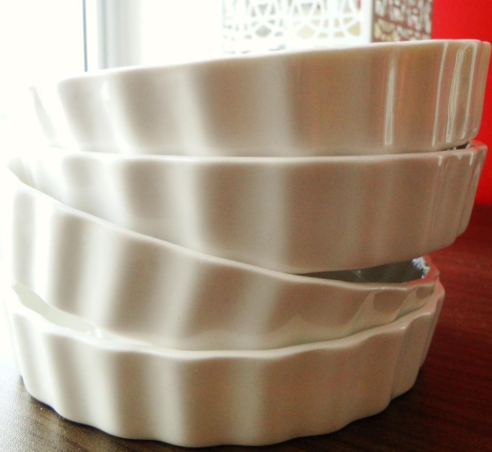 Várias formas de porcelana, vários tamanhos. Formas e foto da Tâmara (=