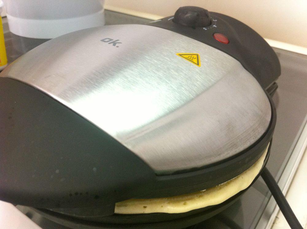 Máquina de waffle Kalorik - simples, prática e funciona!